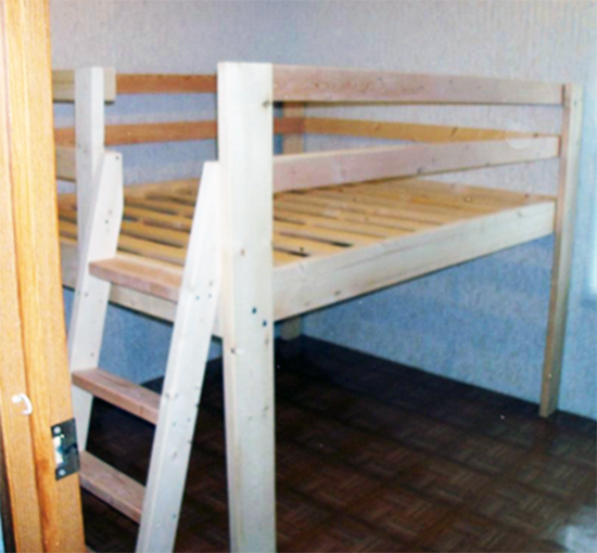 Reader Showcase Diy Full Sized Low Loft Bed The Design